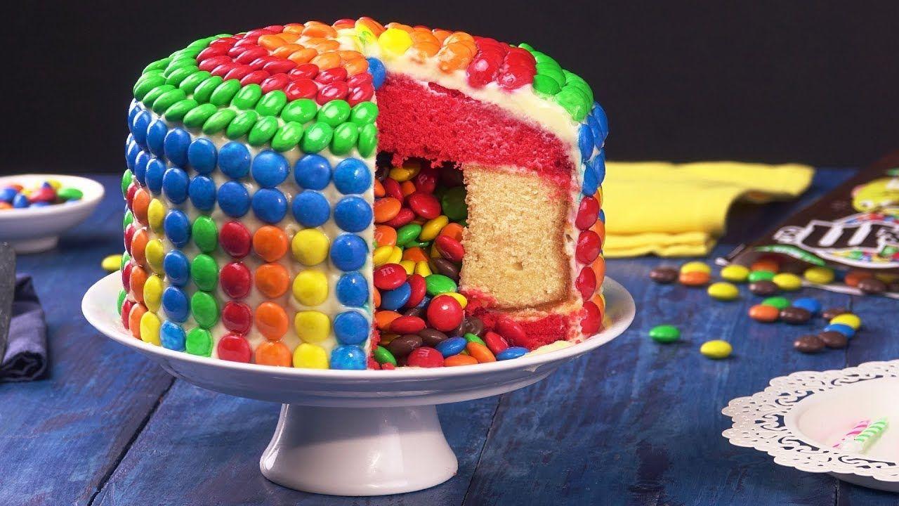 Uberraschungskuchen Mit Fullung Ist Ein Kuchen Rezept Dass Jede Geburts Smarties Kuchen Uberraschung Kuchen