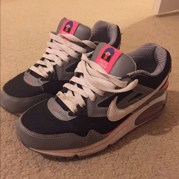 Nike Air Womens Low Rise Ankle Sneakers Size 6.5 Great Used Condition Black Pink