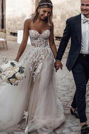 Buy Ivory Sweetheart Tulle Applique Wedding Dress, Beach Bridal Gown OW416 – ombreprom.co.uk #beachweddingdress #wedding #weddingphotography #bridalgowns #sheathweddingdress