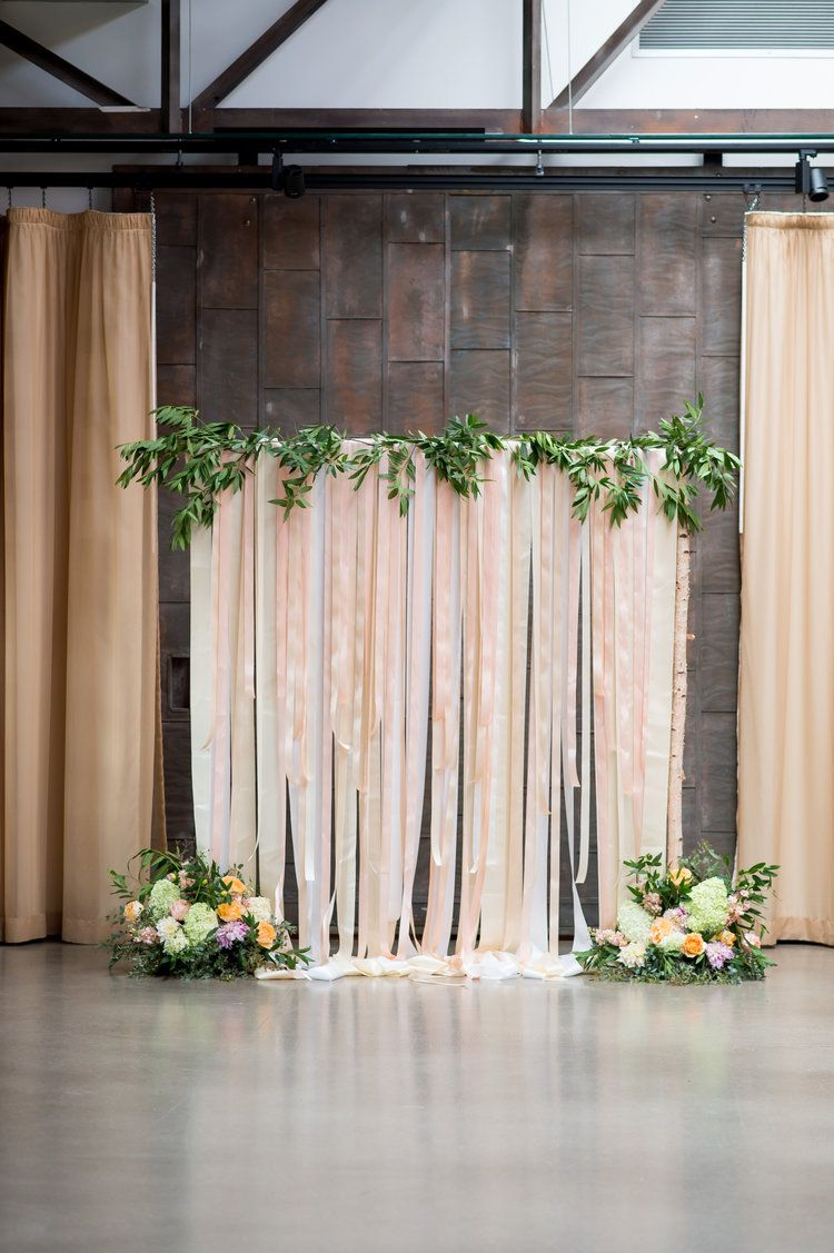 Flowers by Fleur Inc, photo by Julia Franzosa Photography, Planning ...
