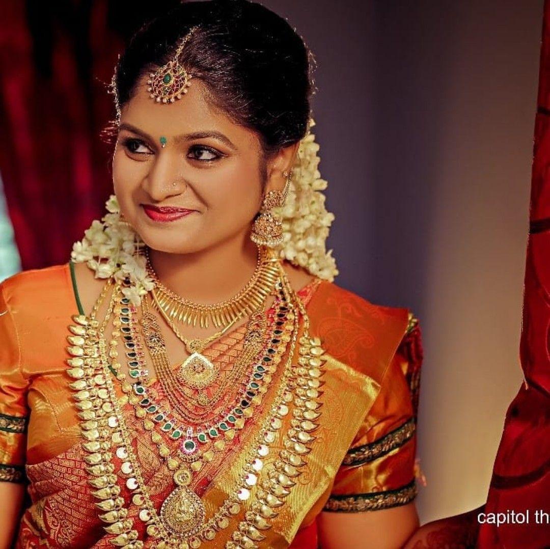 Kerala Bride Simple Hairstyle: Pin By HEMA RAVI On Bride