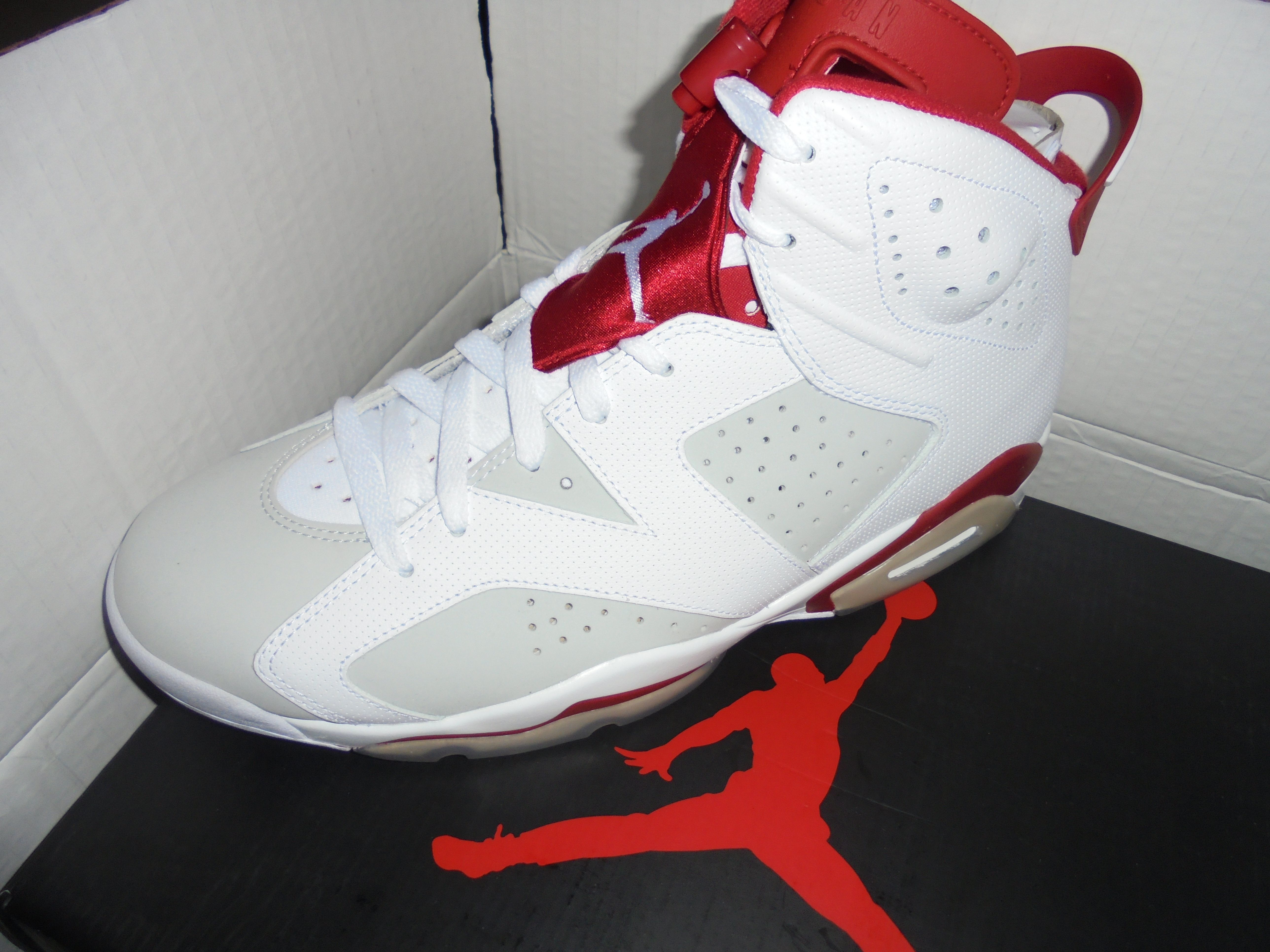 #LeftFoot of #AirJordan #Retro6MichaelJordan by #Nike - http://www.drewrynewsnetwork.com