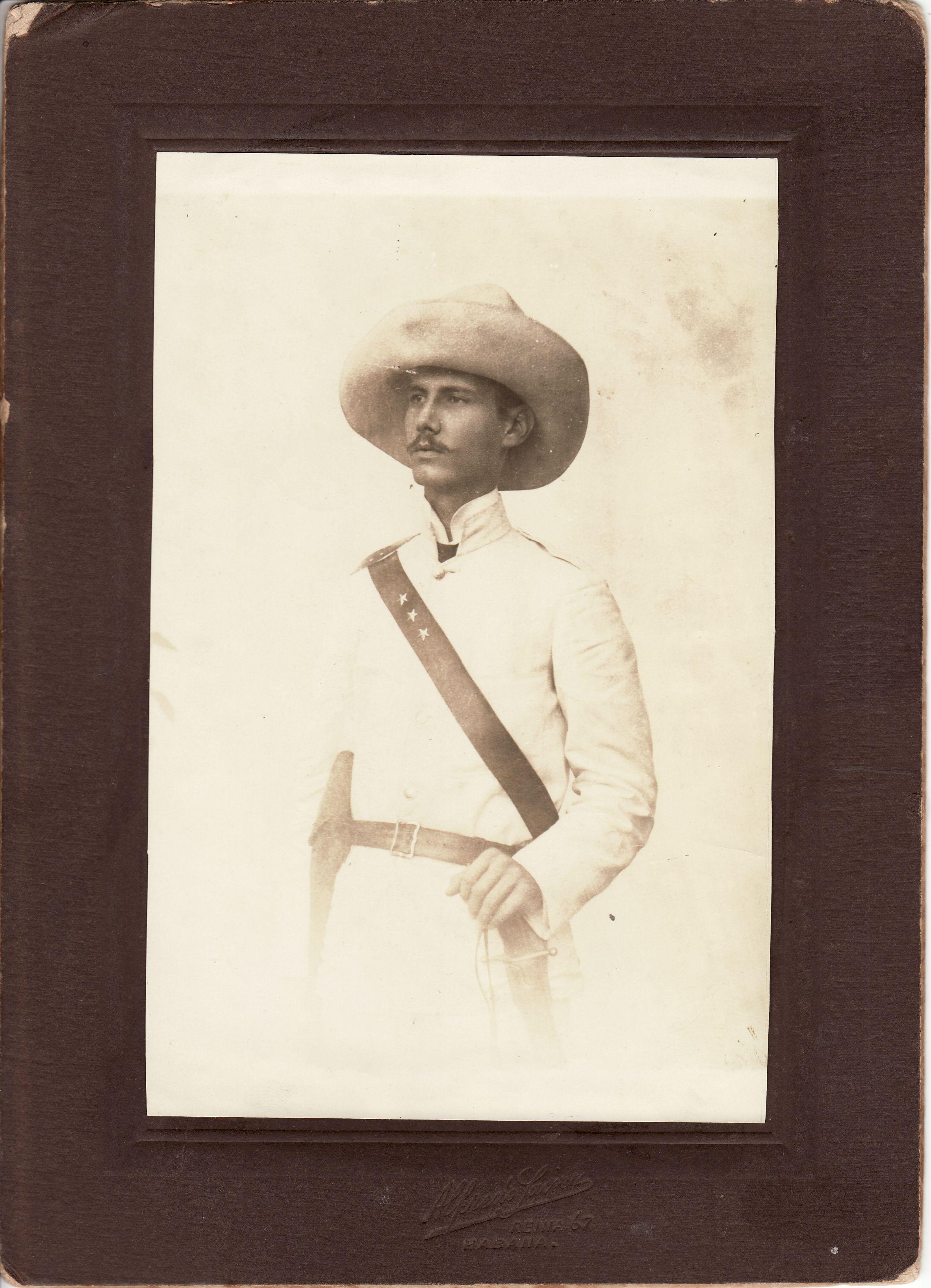 Charito de Leon (b. 1939) Charito de Leon (b. 1939) new foto