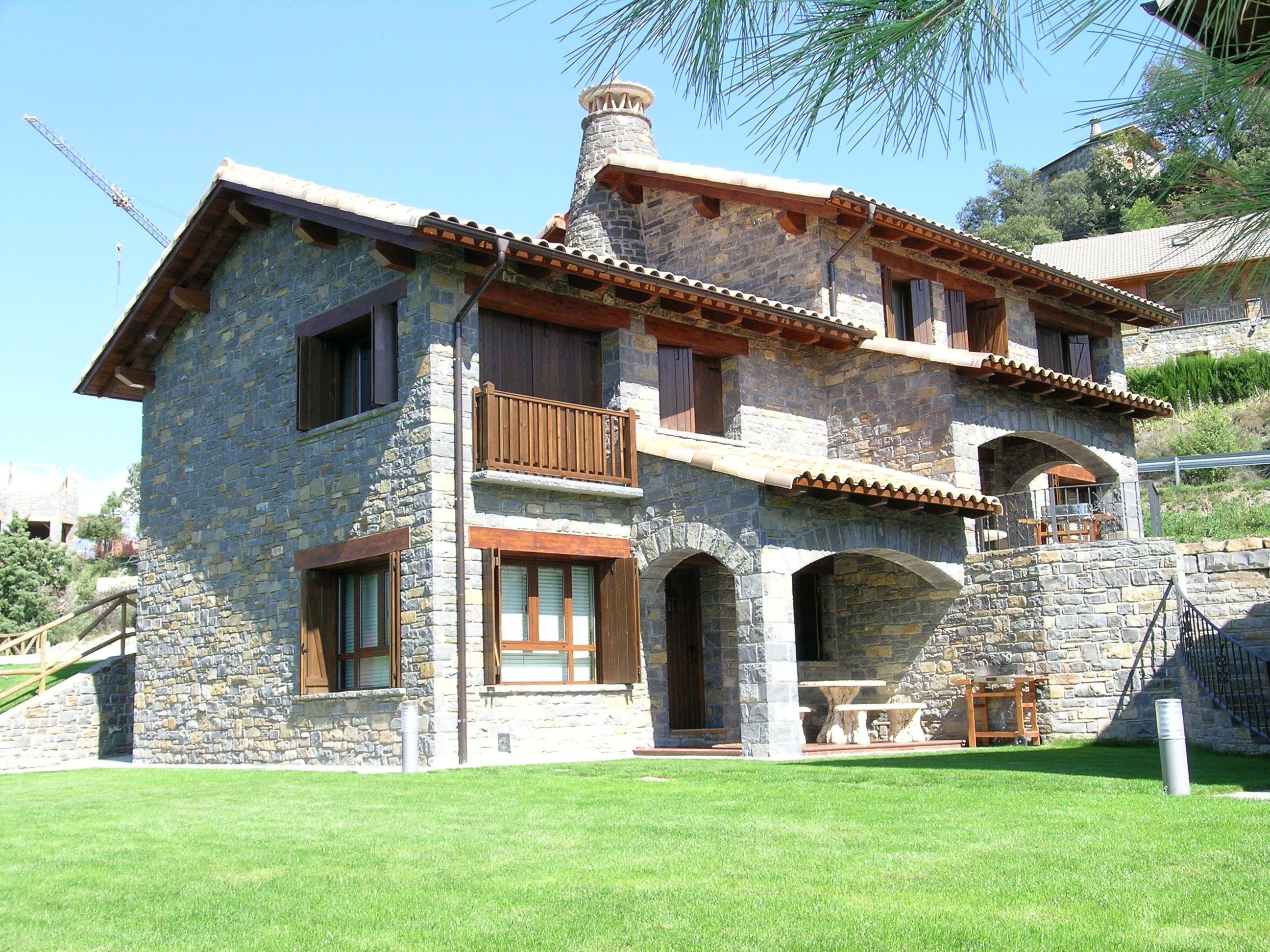 Casas rurales en los pirineos huesca parque nacional de - Ideas para casas rurales ...