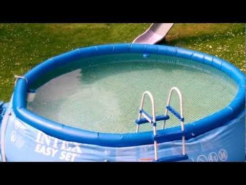 Den pool nur mit chemischen reinigern sauber halten das muss nicht sein probiere diese - Pool reinigen hausmittel ...