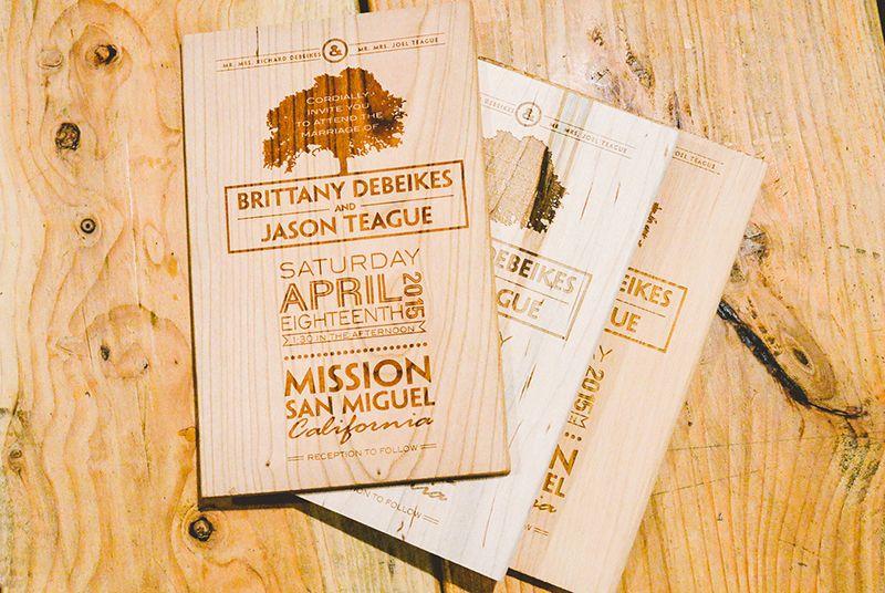 rustic wedding invitation engraved on wood planks by factory enova, Wedding invitations