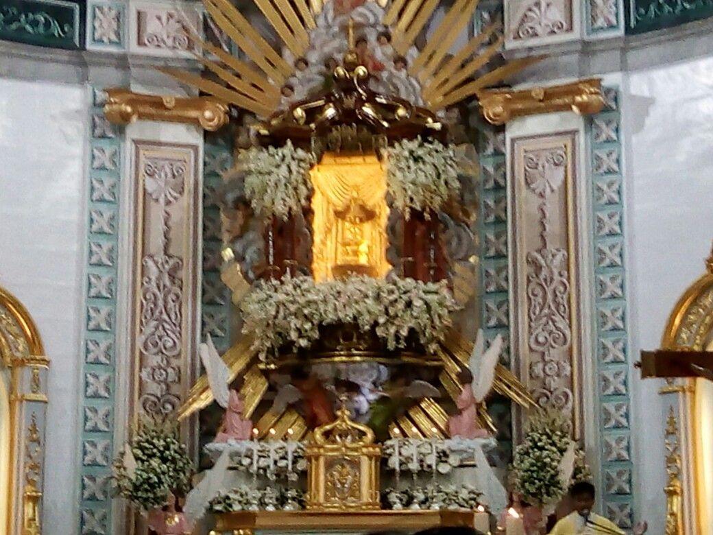 The beautifully adorned altar of the Sto. Niño de Tondo