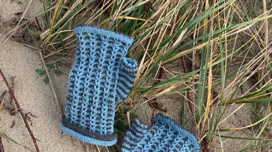 Photo of ▷ Instructions: Regia Pairfect – knitted stockings with rolled edges and zigzag pattern | socksh …