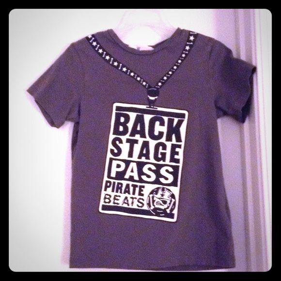 Children T shirt Good condition, shirt says 'Backstage pass, pirate Bears' H&M Tops Tees - Short Sleeve