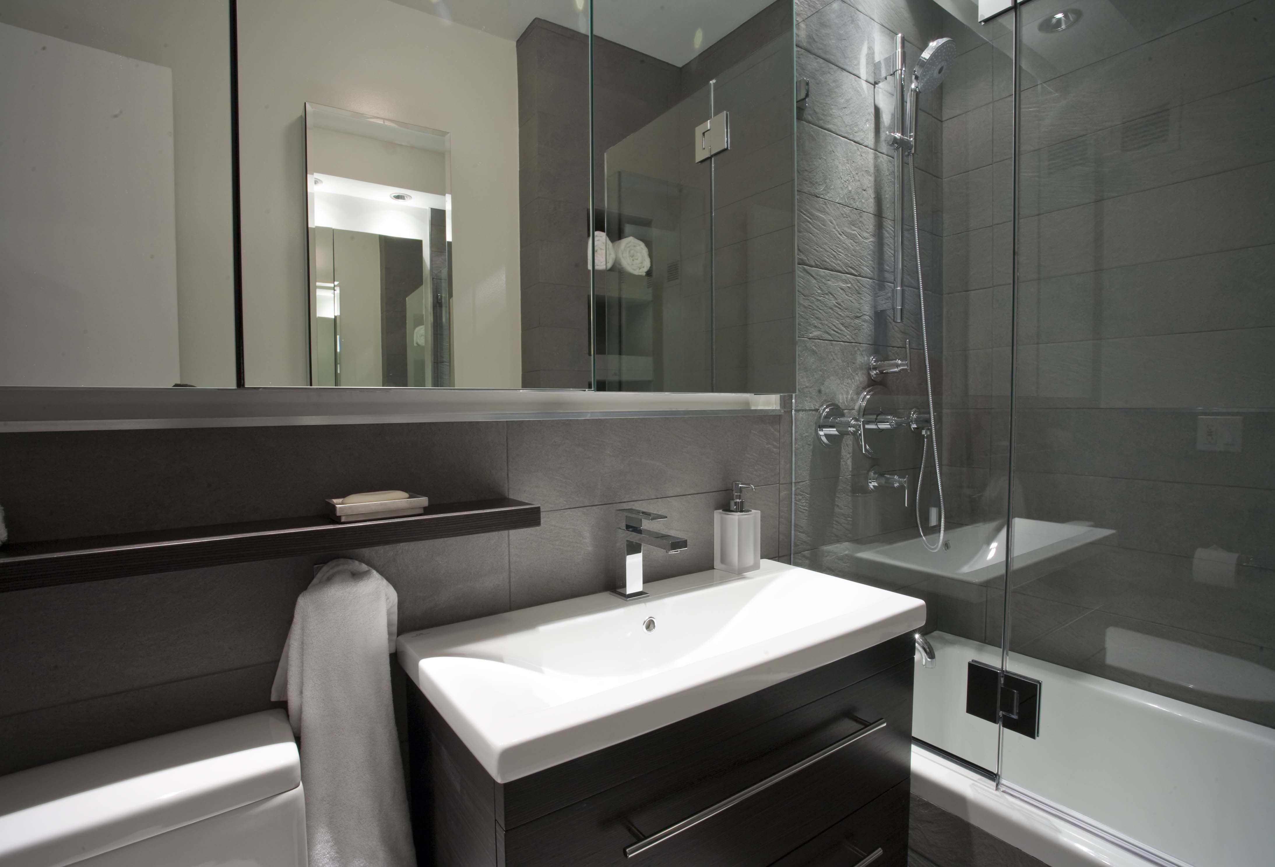 Stanze Da Bagno Piccole : Come rendere accoglienti le piccole stanze da bagno