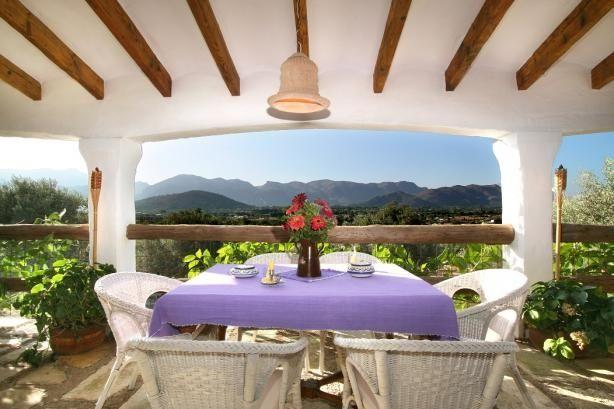 Hvad siger I til denne udsigt? Den kan blive din på ferien! Se mere her: www.feriebolig-spanien.dk/19602 #pollensa #mallorca #feriebolig #udsigt #view