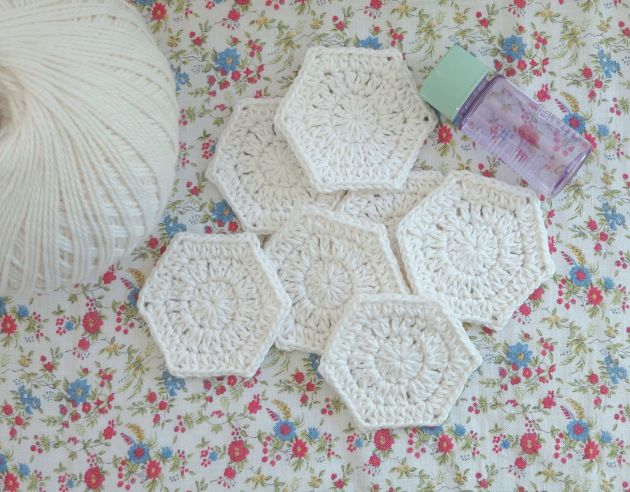 Make your own hexy make up wipes! Crochet your own cotton make up ...