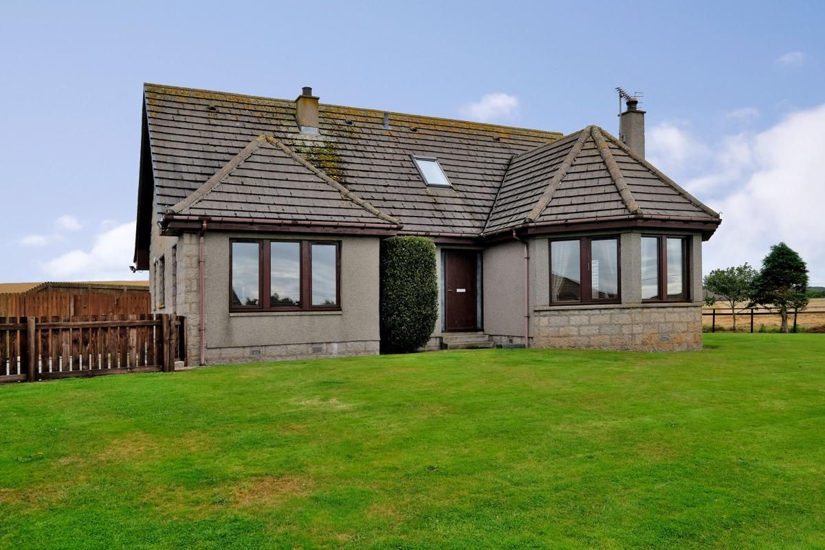 4 Bedroom Property For Sale In Peterhead With Aspc With