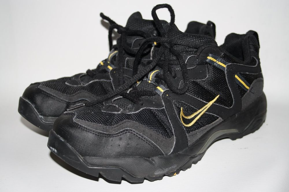 Nike ACG All-Track TRIAL Runners Shoes Black Trainers Sneakers Size 8 UK 42 85fd60191