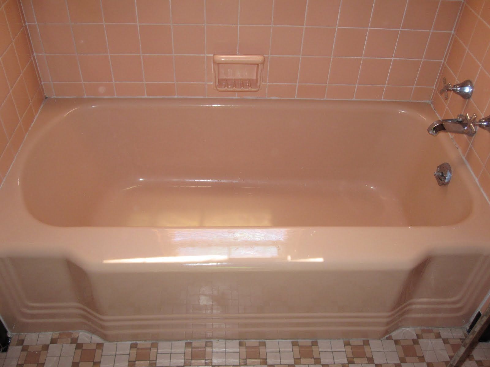peach bathtub | Bathroom | Pinterest | Bathtubs, Tubs and Iron