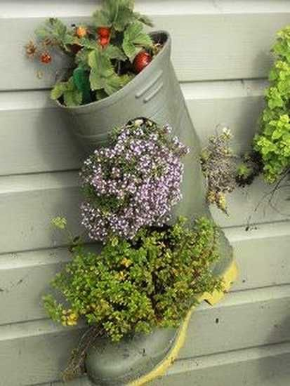 Outdoor Home Decorating With Unusual Plant Pots Adds Interest To Backyard Designs Creative Recycling Ideas Bring Various Shap Planters Planting Flowers Plants