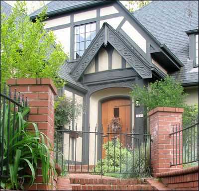 Antique home styles from1890 to 1940 love the english - Tudor revival exterior paint colors ...