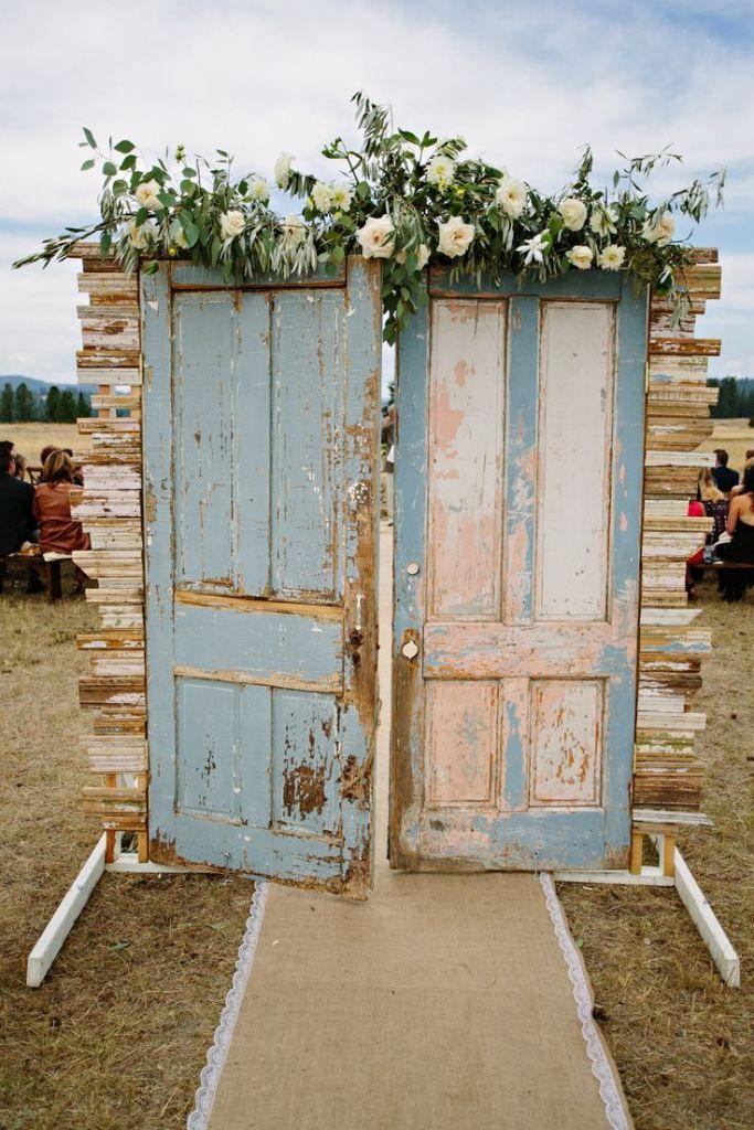 Farmhouse Fresh Weddings – Fresh Style: Old Door Aisle Entrances