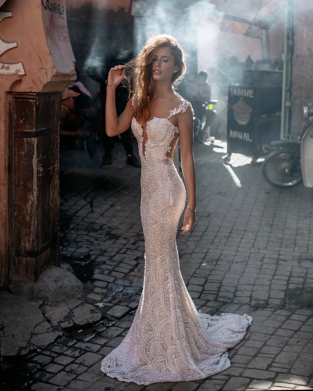 Galia Lahav On Instagram Just Me Myself And My Gown The Harlow Is Always A Favorite Glcouture Wedding Dresses Rental Wedding Dresses Wedding Gown Rental