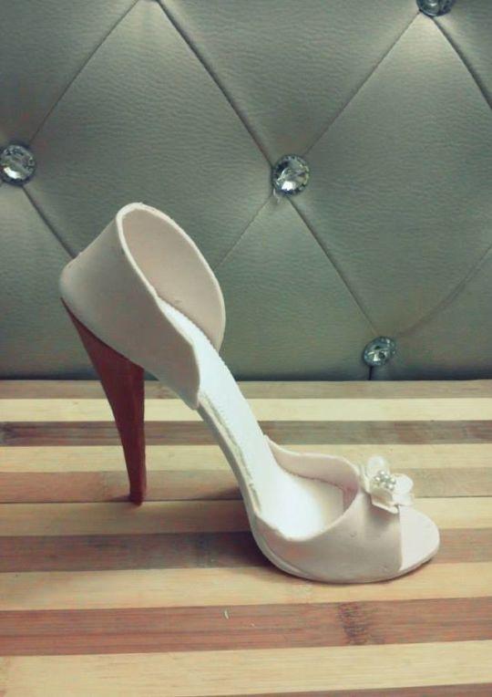 Gumpaste Shoes