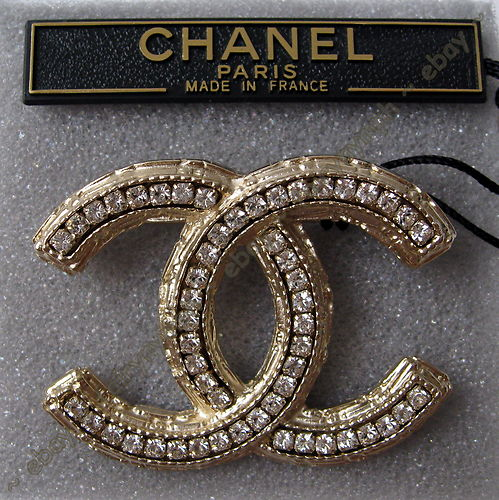 e1320e6c1700 Chanel Brooch Coco Chanel, Chanel Pearls, Chanel Jewelry, Vintage Brooches, Brooch  Pin