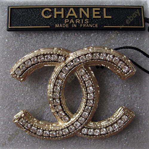 Chanel Brooch   My Style   Chanel, Chanel brooch, Chanel jewelry ecd763d4b01