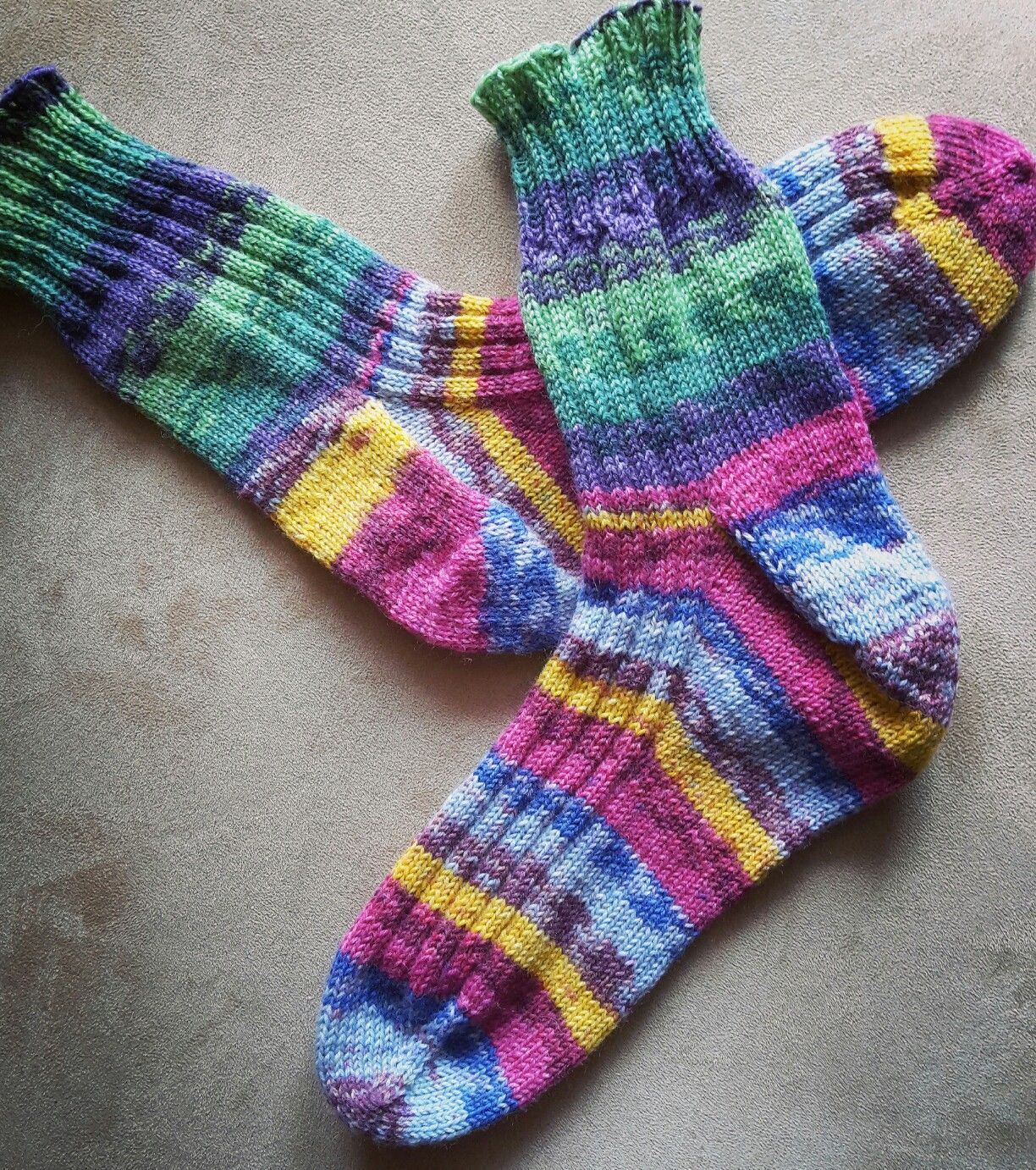 How To Knit Toe Up Socks Video With Step By Step Instructions For