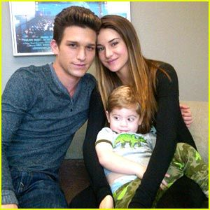 Pin On The Secret Life Of An American Teenager Daren kagasoff (born september 16, 1987) is an american actor. secret life of an american teenager