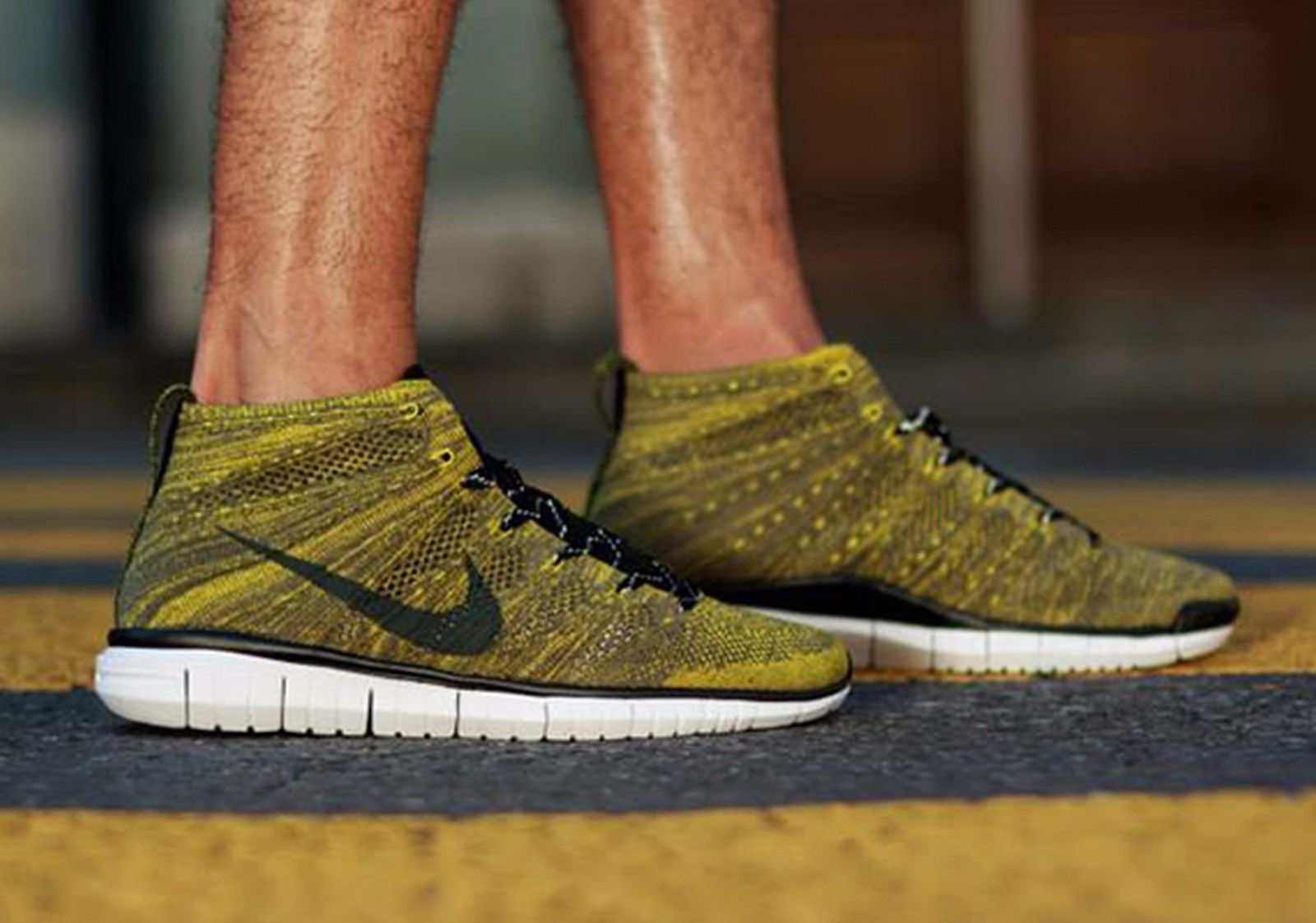 best service 8e9ae a97dd NIKE FREE FLYKNIT CHUKKA MENS SIZE 10 639700-300 Tarp Green Black -Seaweed-Gold