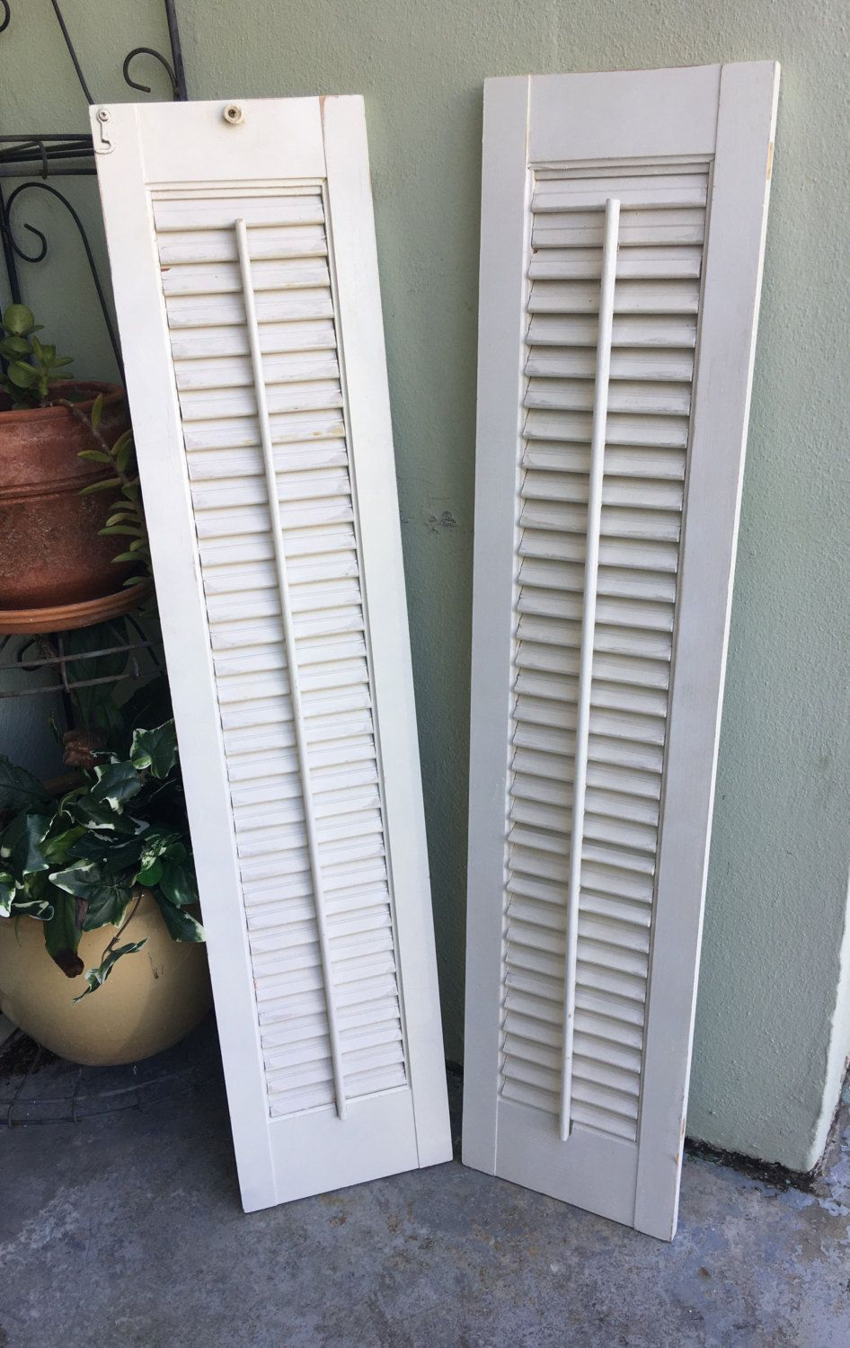how to paint shutters attached to house
