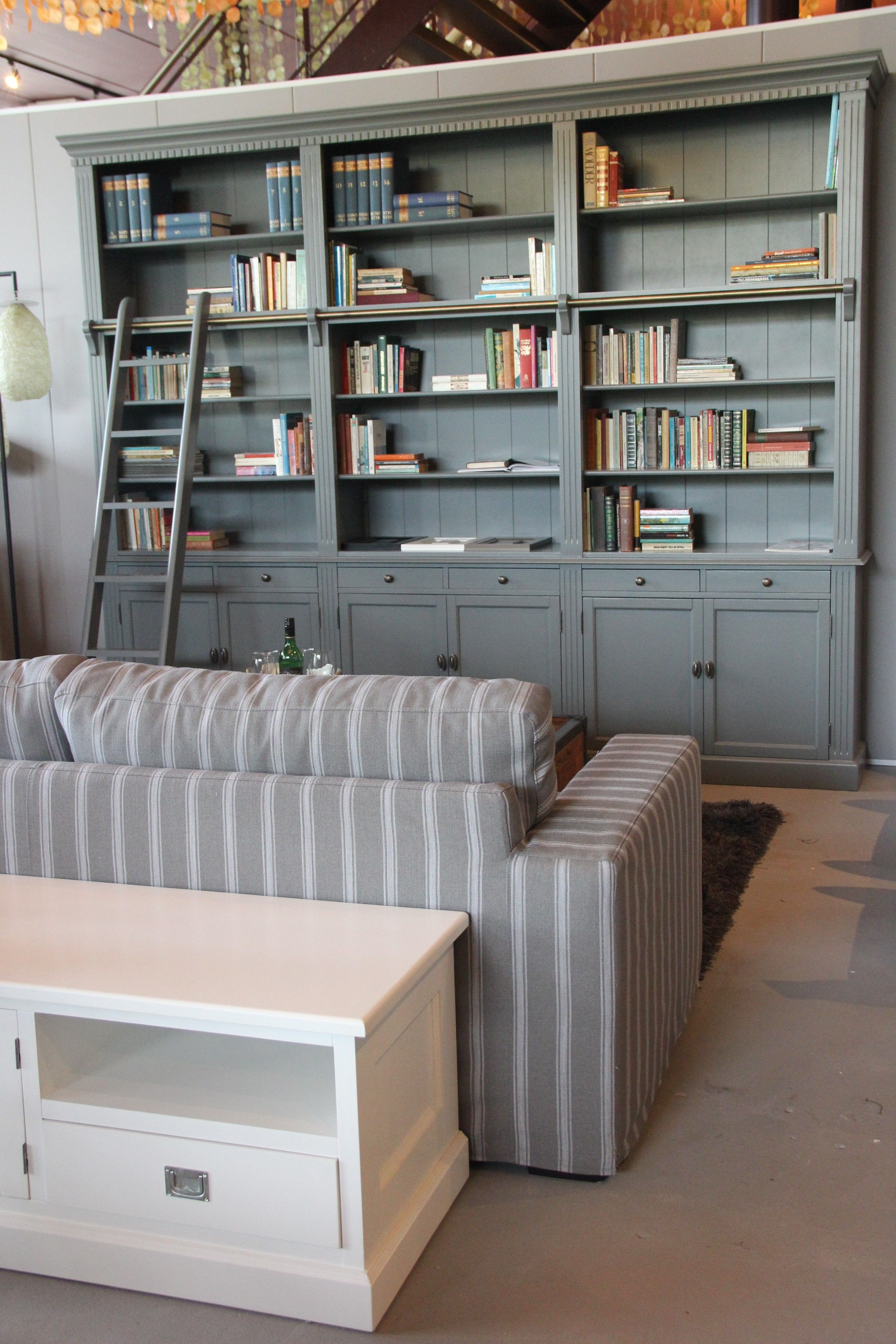 Private Library | Boekenkast met ladder - Kasten € 1395,- voor 3 ...