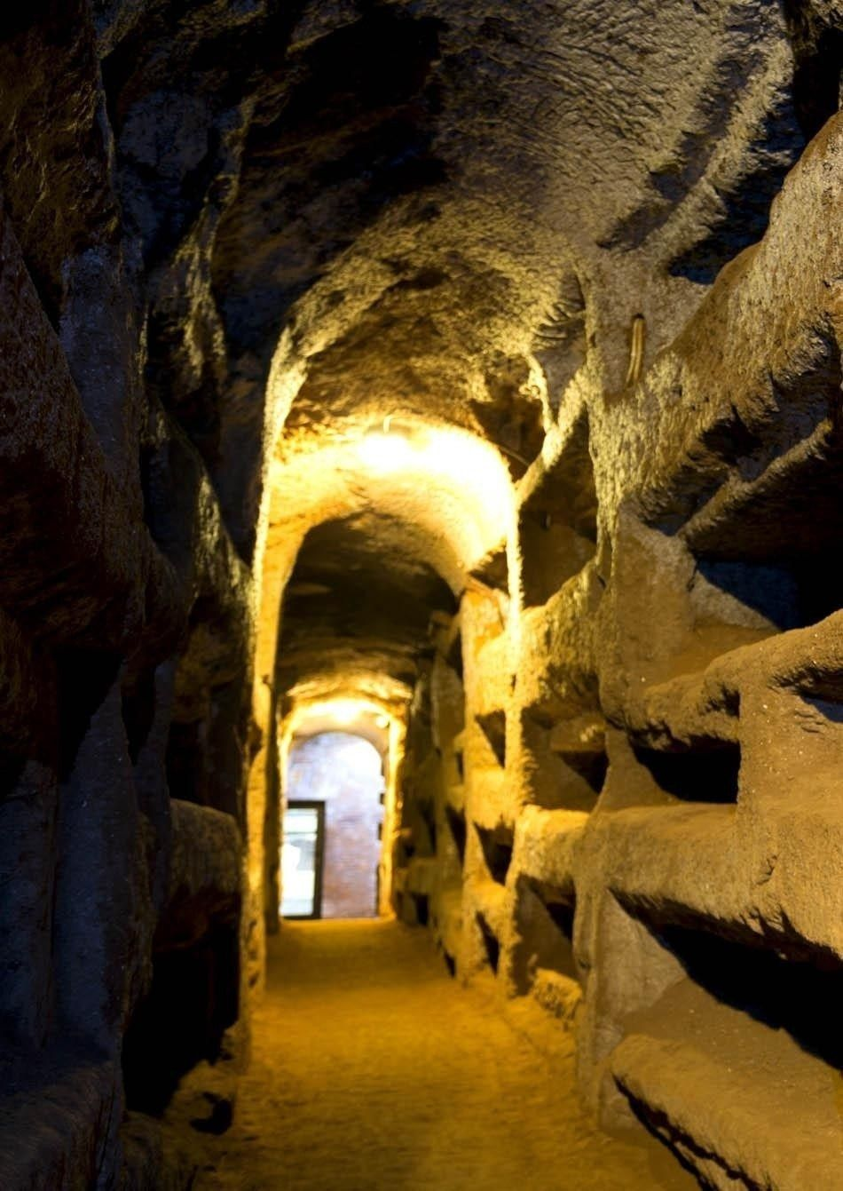 St. Callixtus catacombs in Rome | Top Ten Free Things to Do in Rome