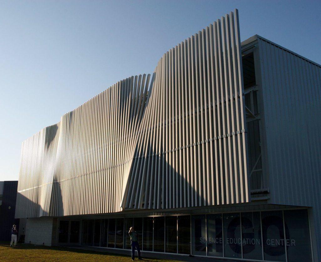Wind Driven Facade Mp Building Facade Facade Architecture Building Skin