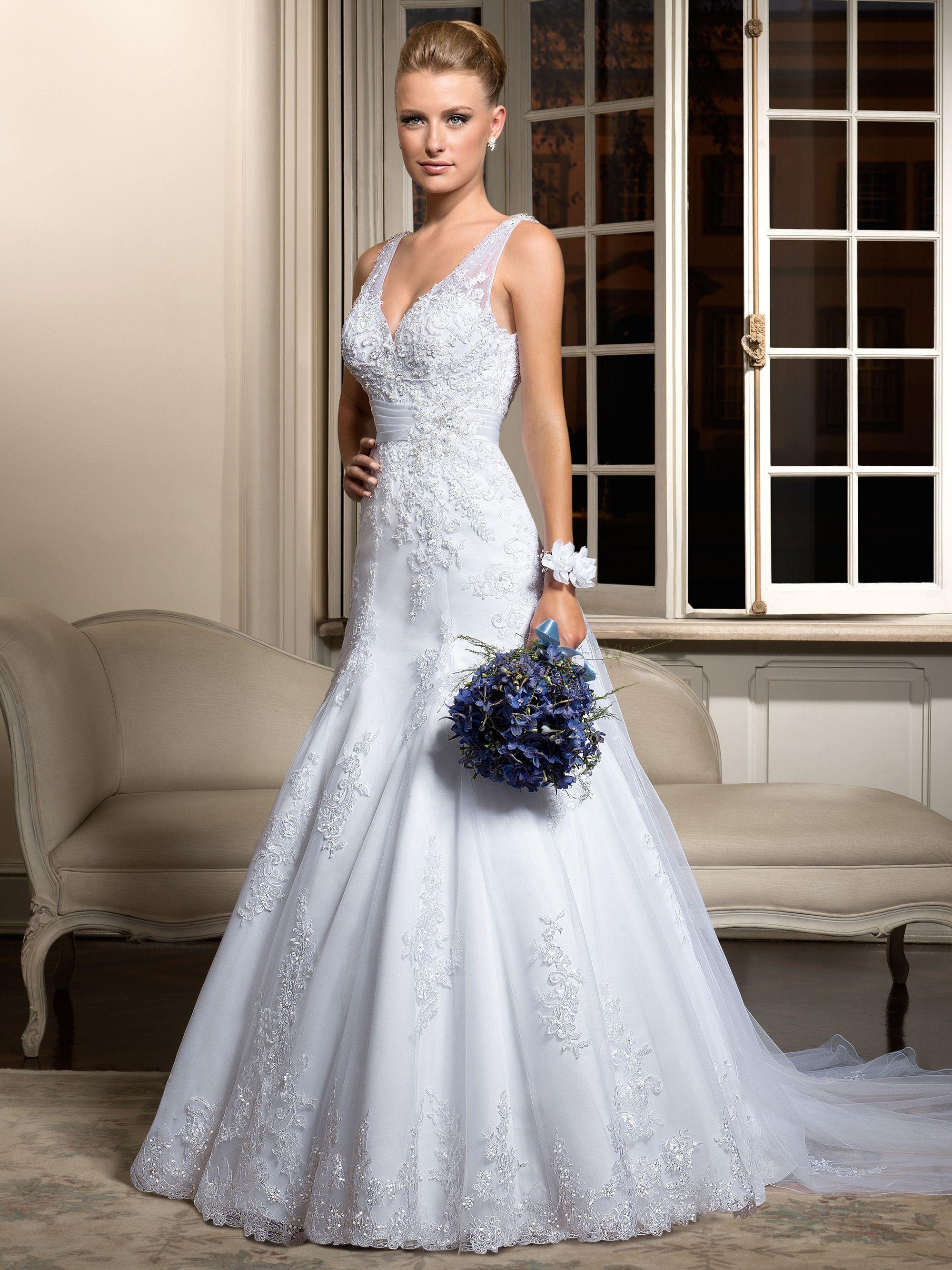 67dfddbb3 Resultado de busca avançada para Vestidos de noiva, Vestidos de 15 anos,  Sapatos para noivas, Acessório para noivas e Carro da noiva