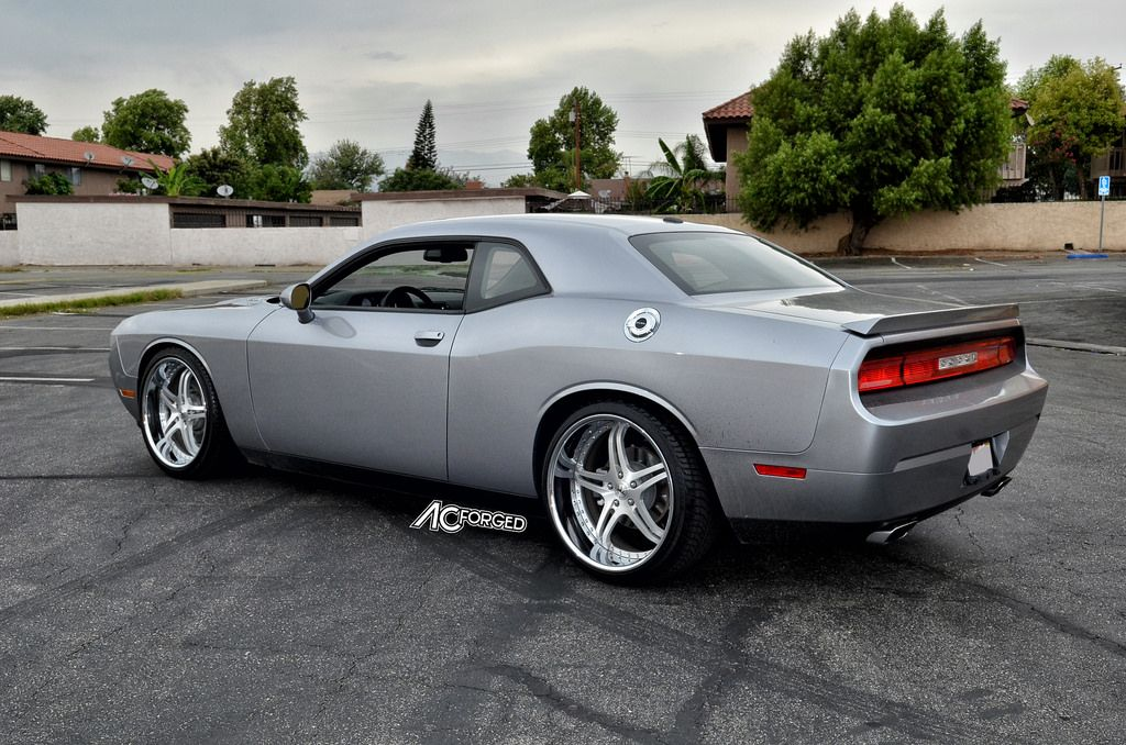 Dodge Challenger RT 22
