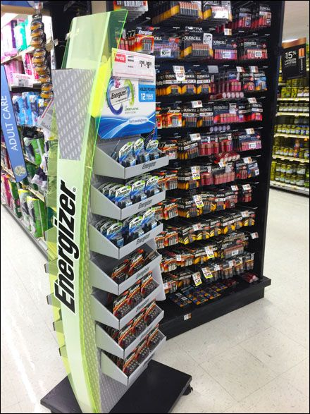 Energizer Left Vs RightHanded Battery Display Design POS POP Delectable Car Battery Display Stands
