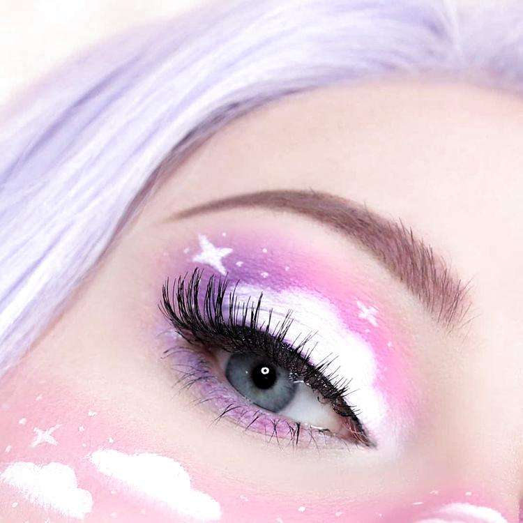 21 Abstrakte Make-up-Looks, die absolut Selfie-würdig sind | ICH BIN & CO® #ab…