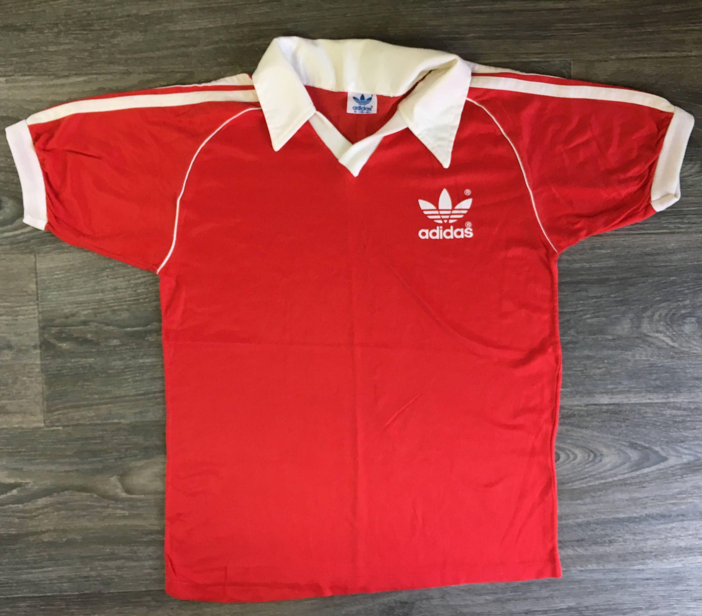 ADIDAS 80s Jersey Vintage TREFOIL 3 Stripes Polo Shirt Run DMC Hip Hop  Soccer Football Sporty Fashion Medium Tee by sweetVTGtshirt on Etsy   trefoil  adidas ... cabe6adbfe