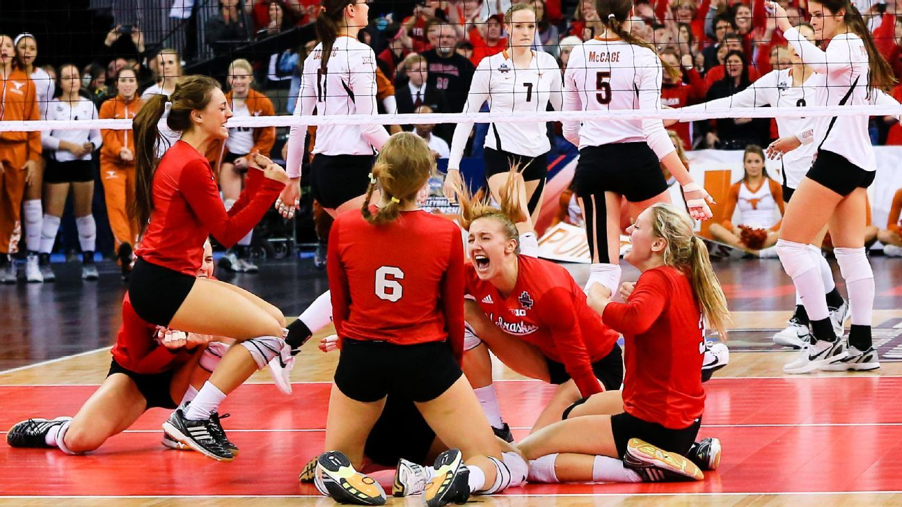 Nebraska Takes Volleyball Title With Sweep Of Texas With Images Volleyball Volleyball Inspiration Female Volleyball Players