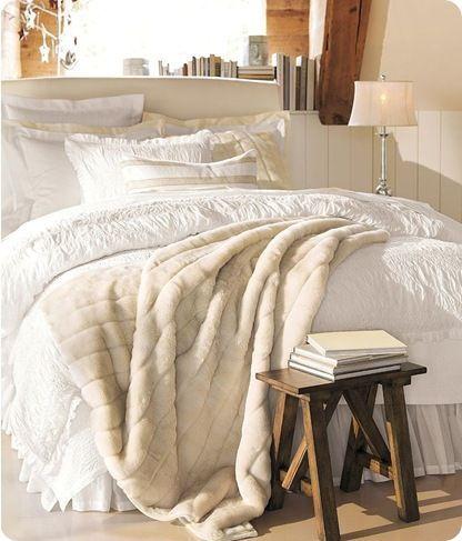 white bedding <3