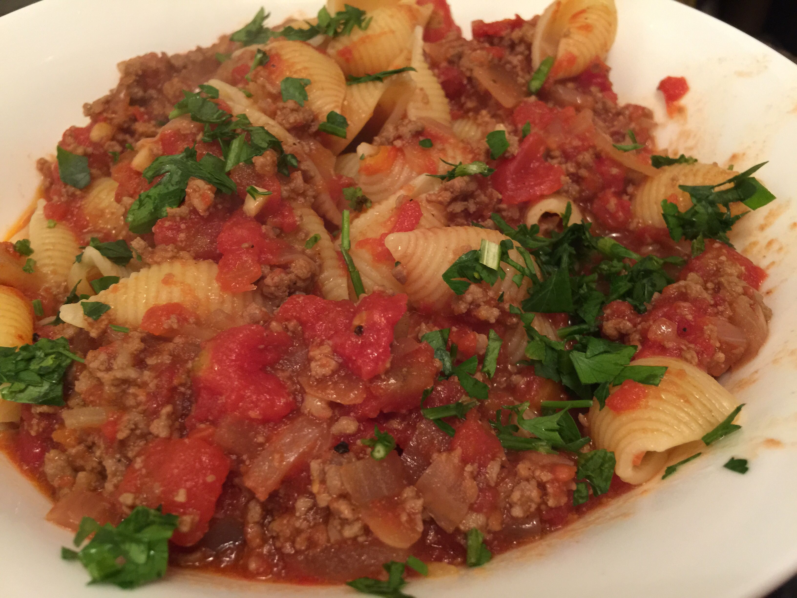 Meat sauce pasta with parsley !
