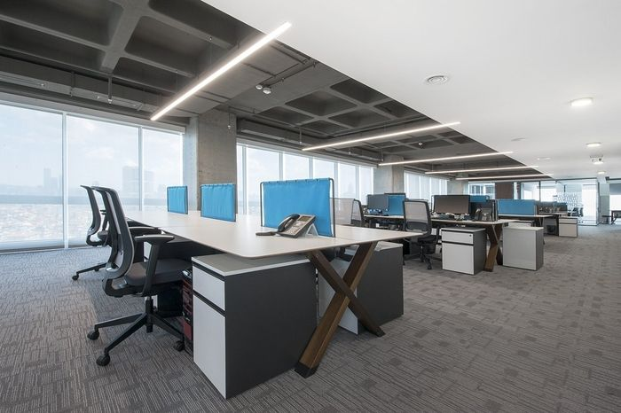 Office Tour Sbm Insurance Offices Istanbul Office Open Plan Architecture Office Office Interiors