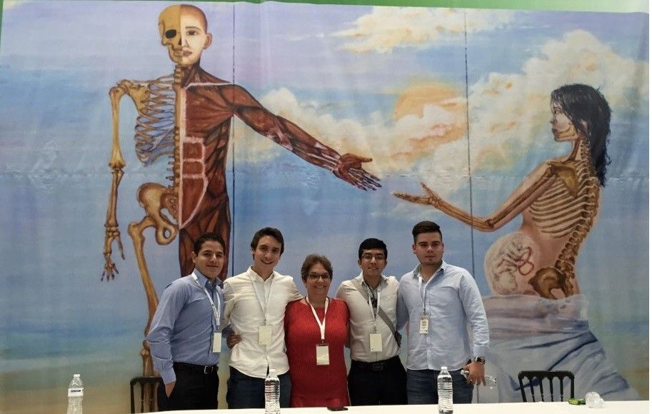 Logran alumnos de la Facultad de Medicina y Ciencias Biomedicas ...