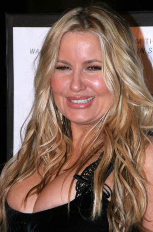 Jennifer coolidge busty, anorexia girl and big women free porn watch