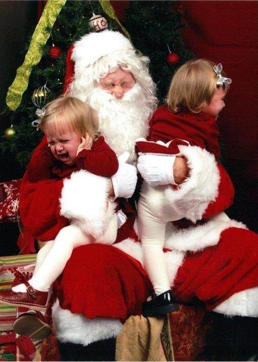 22 Kids Who Are Totally Over Taking Their Photo With Santa Santa Photos Santa Funny Geek Christmas