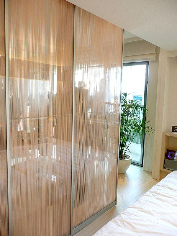 部屋と部屋の間仕切りは壁ではなく つなぐ建具 ミラノのデザイン展帰りのマンションが販売開始 日経トレンディネット 建具 間仕切り バリア フリーデザイン