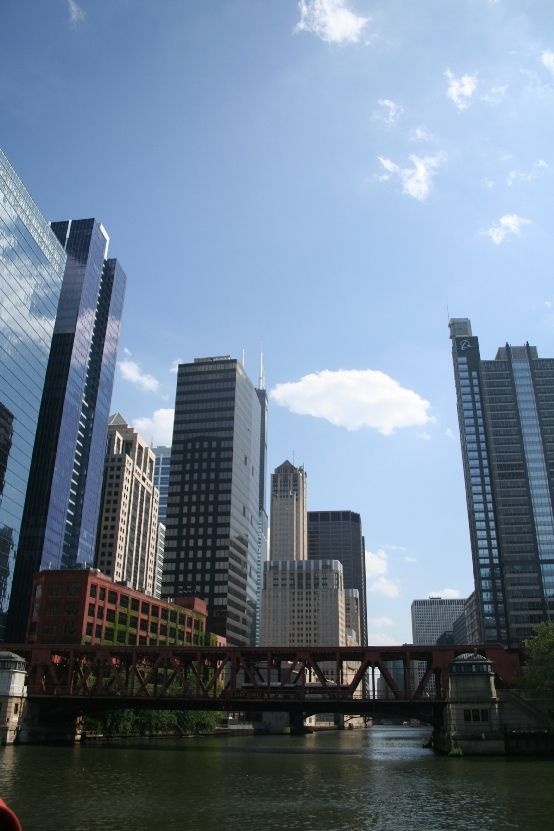 The Official Chicago Architecture Foundation River Cruise Aboard