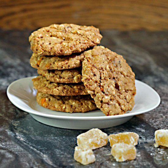 Full of whole grains and low in fat, these whole grain ginger chunk cookies are a tasty & healthy way to indulge. Chocolate chips optional.