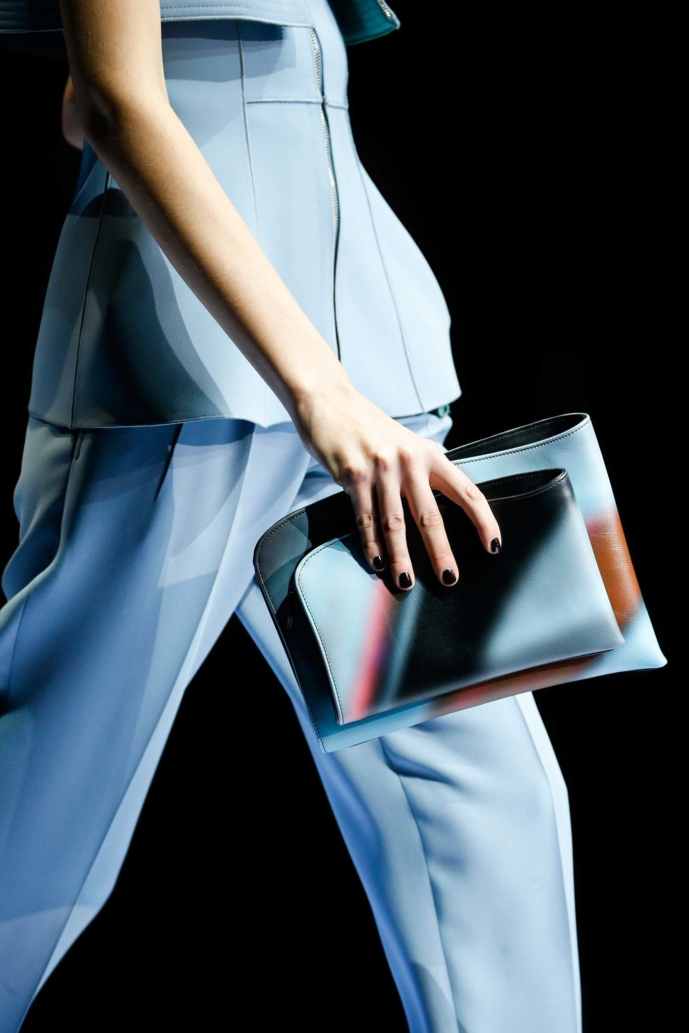Giorgio Armani Fall 2015 Ready-to-Wear Accessories Photos - Vogue