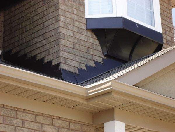 Eavestroughs Professional Roofers Http Www Professionalroofers Com Roofer Roofing Roofing Contractors